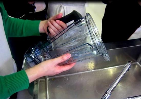 バイタミックスの洗浄