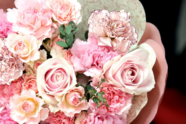 日比谷花壇母の日花ギフトペタロ
